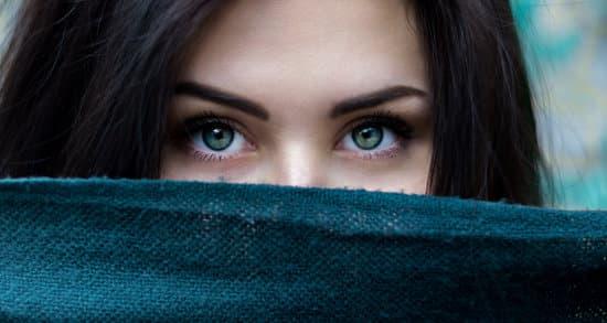 carenza di ferro sintomi occhi
