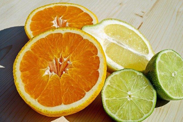 1 grammo di vitamina C al giorno